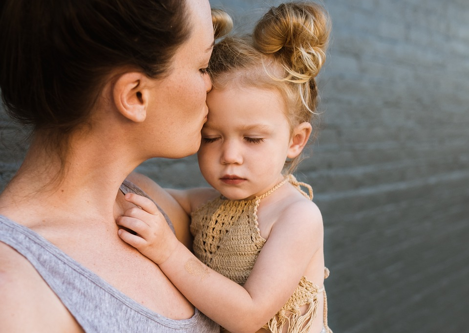 Безплатни консултации за майчино и детско здраве предлагат във видинската болница