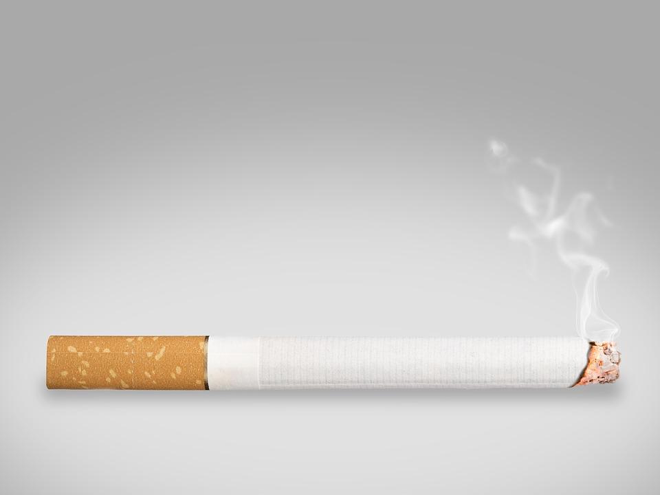 Пасивните пушачи развиват сериозен риск от рак на белите дробове