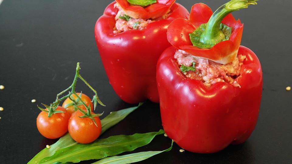 Ултра бърза рецепта за вкусни пълнени чушки