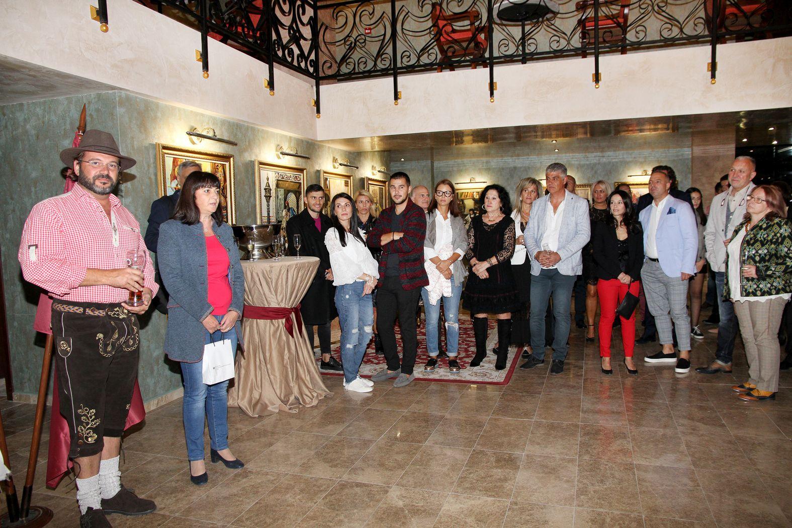 Гости от цял свят на Октоберфеста в Alchemist Residence