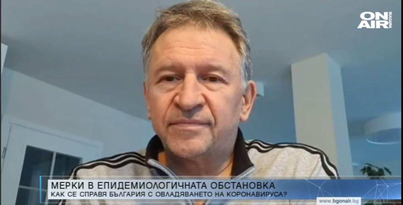 Д-р Стойчо Кацаров: Лекарите трябва да бъдат изследвани за COVID-19 непрекъснато