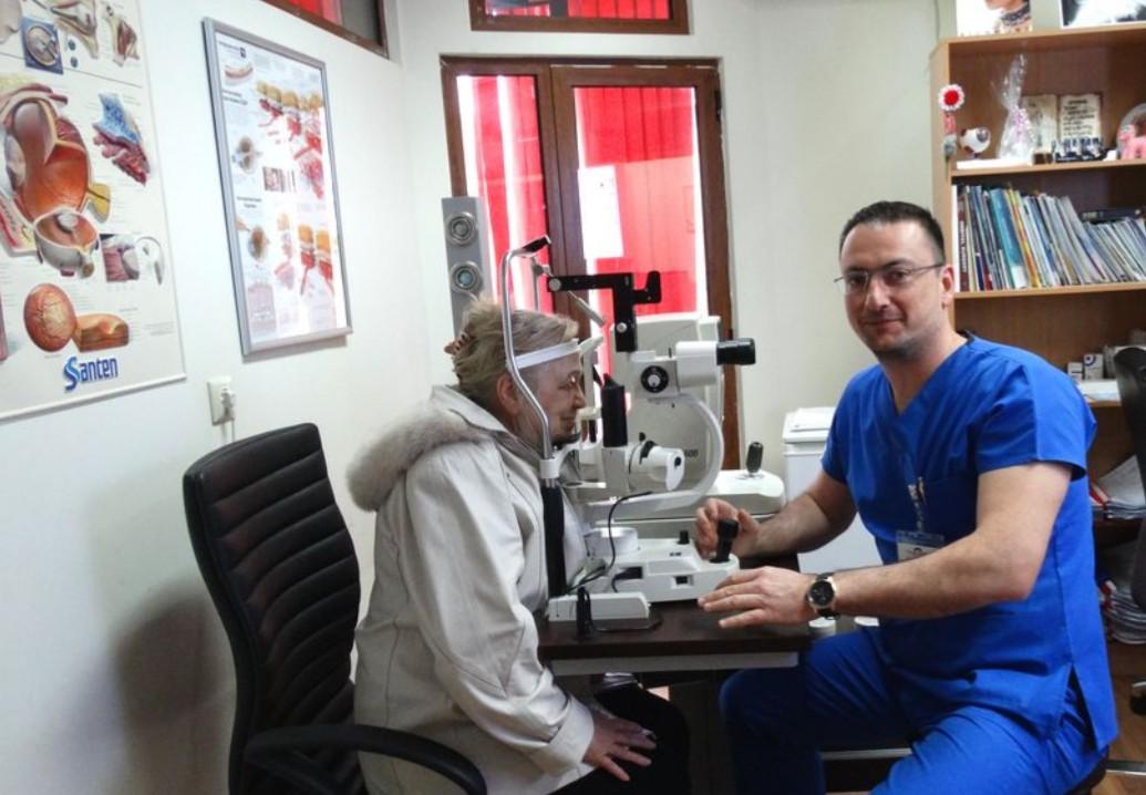 Безплатни очни прегледи цял месец
