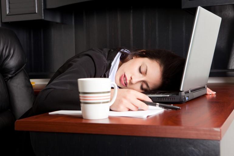 СХУ - синдром на хроничната умора, преборете го!