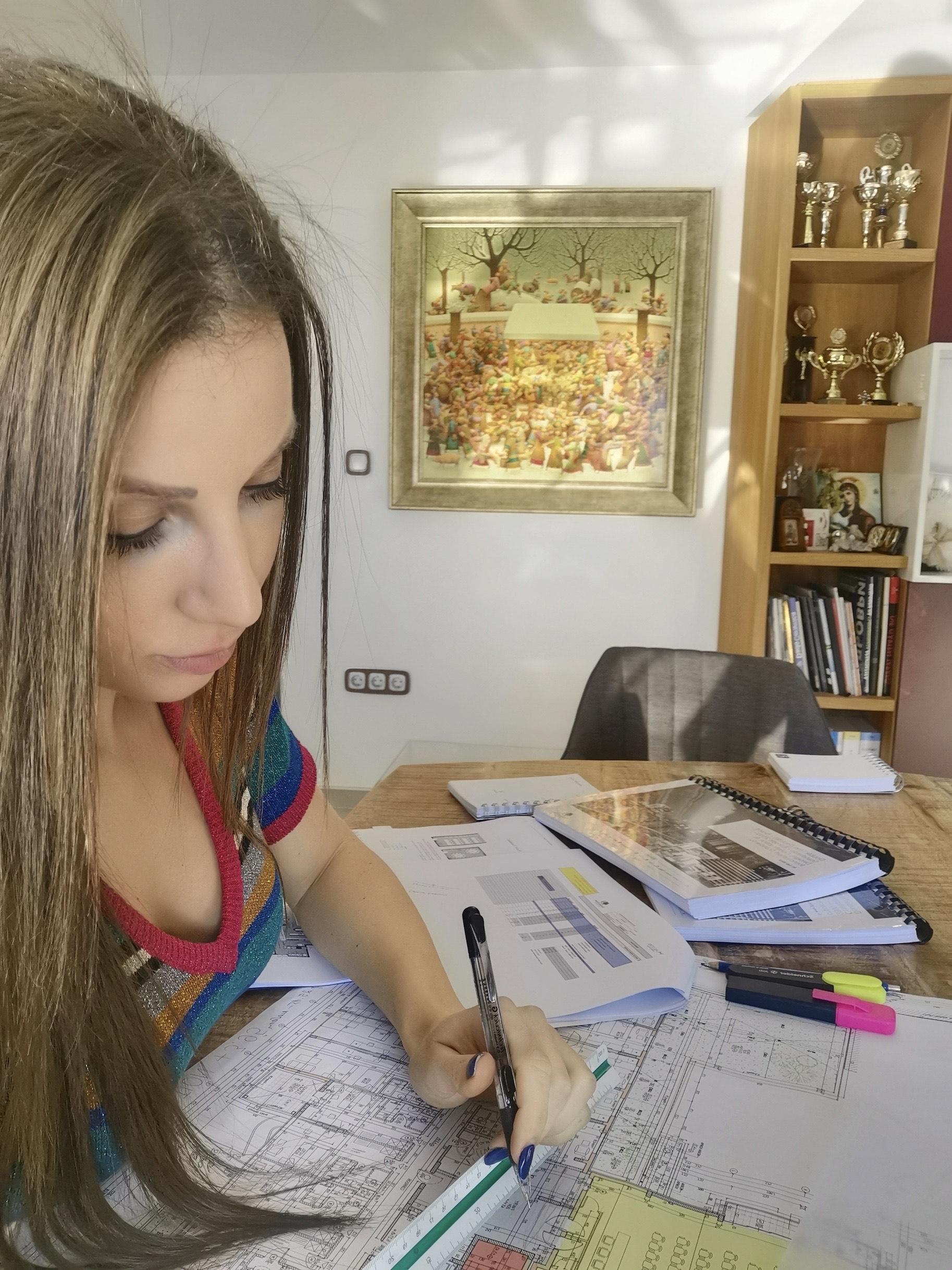 Семейство пловдивски архитекти с престижна номинация за луксозно строителство