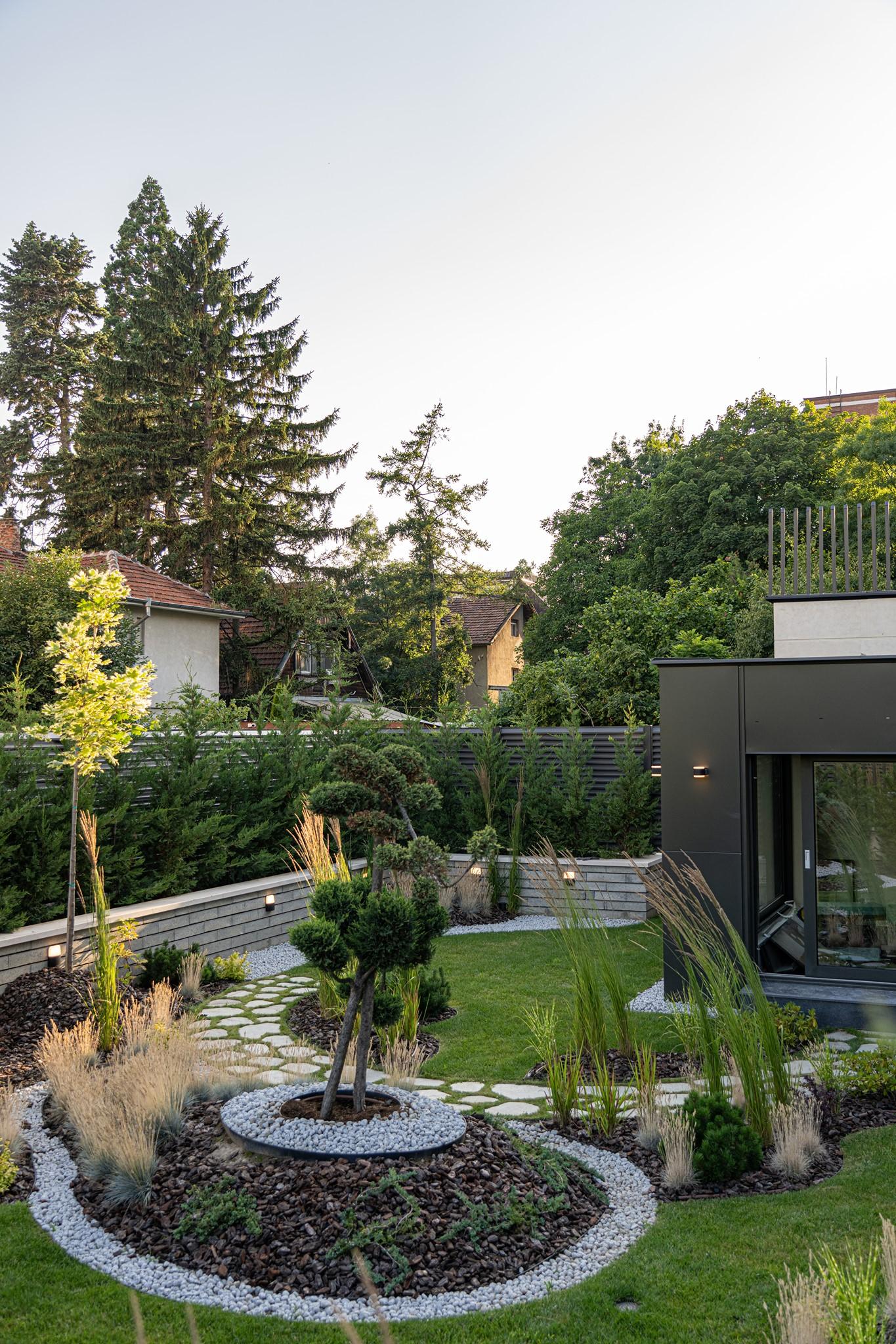 Млади архитекти преобразяват София с модернизъм и уют