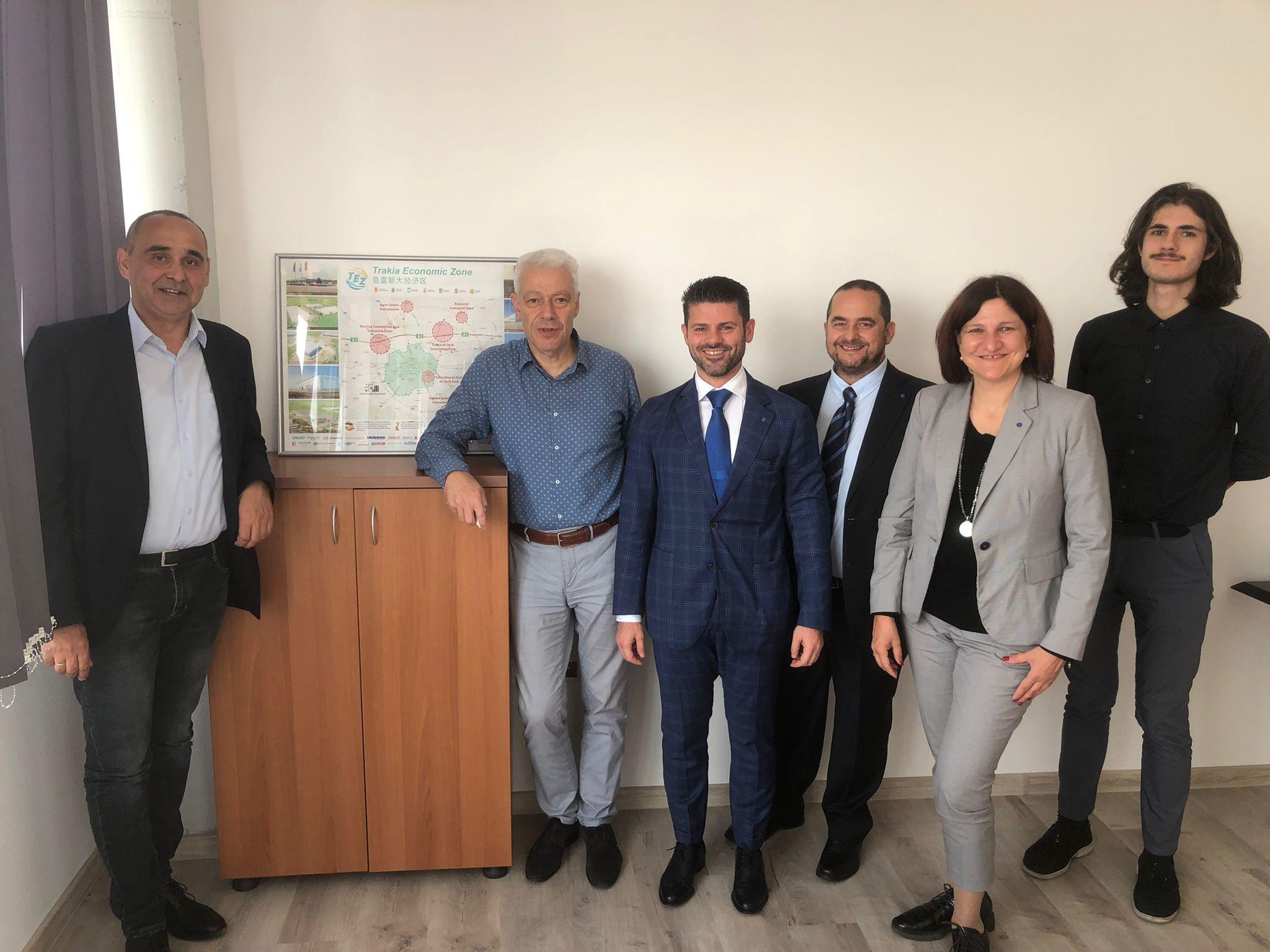"""Конфиндустрия България ще си сътрудничи с """"Тракия икономическа зона"""" в образованието и енергетиката"""