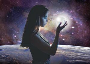Астрологът Анджела Пърл: Две зодии са щастливците на 2021!