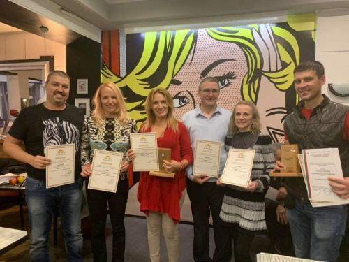 Родолюбци влизат в парламента, за да спрат гаврата с българската азбука