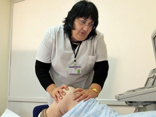"""Д-р Станислава Алиманска, началник на Ревматология в МБАЛ """"Централ Хоспитал"""":  Превенцията срещу COVID-19 не спира лечението на основното заболяване"""