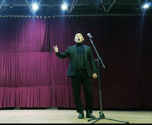 Китайски певец, докторант в АМТИИ, спечели ГРАН ПРИ на арт фестивала в Боровец